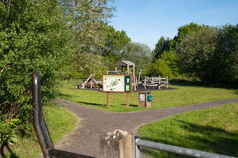 Barnetts-Wood-Nature-Reserve-04.jpg