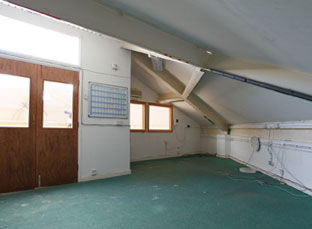 Auction-Hall-Offices-Gallery.jpg