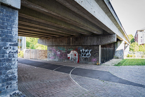 Grosvenor-Bridge-01.jpg
