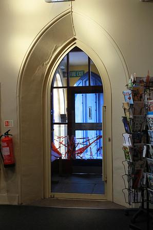 Foyer-06.jpg