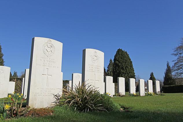 War Graves-01.jpg