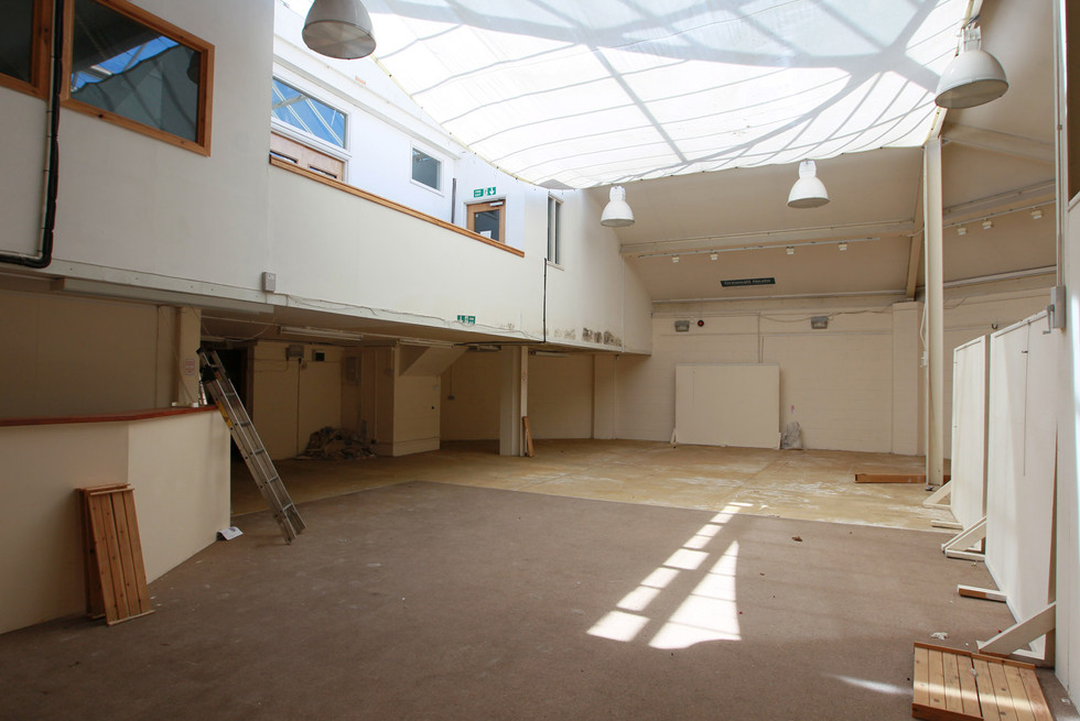 Main-Hall03.jpg