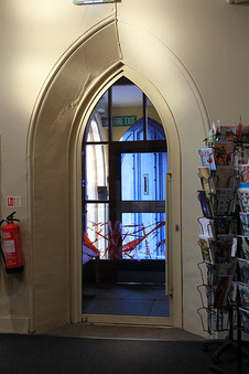 Foyer-10.jpg
