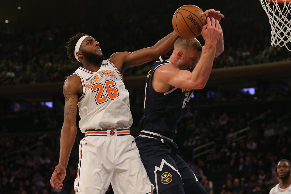 Mitchell_Robinson_Foul_Block_Around_the_Game_NBA