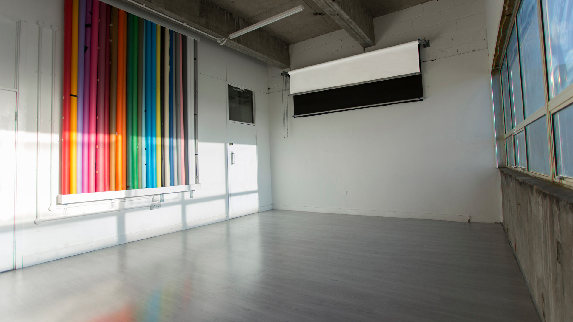 photography-studio-hire-daylight-silverspace-studios-1
