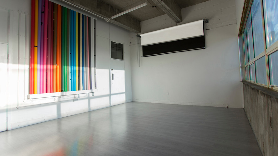 photography-studio-hire-daylight-silverspace-studios-1