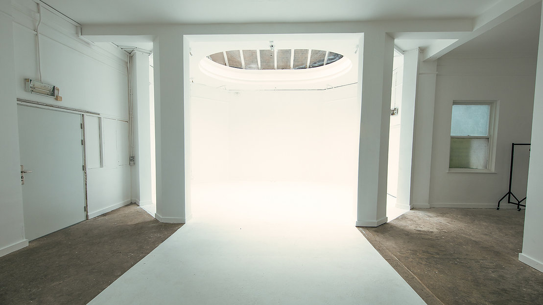 studio-C-meta-photography-studio-hire-daylight-silverspace-studios-studio-c-the-oval-3-3.j
