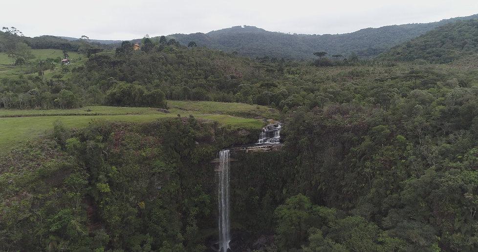 Medeiros Waterfall at Anitapolis, SC..JPG