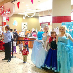Our visit to the Chick-fil-A at Marley Station! We had a fantastic time! #PartTimePrincesses #ChickF
