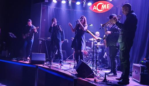Banda ACME.jpg