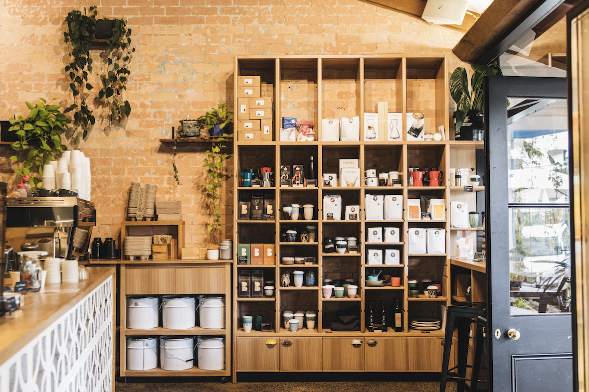 Bay leaf cafe hospitality fit out byron bay shelving