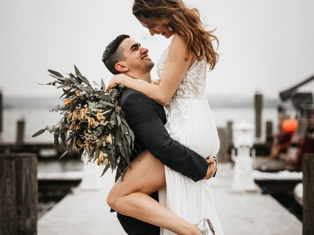 10 Recommended Poses For Your Wedding Photos