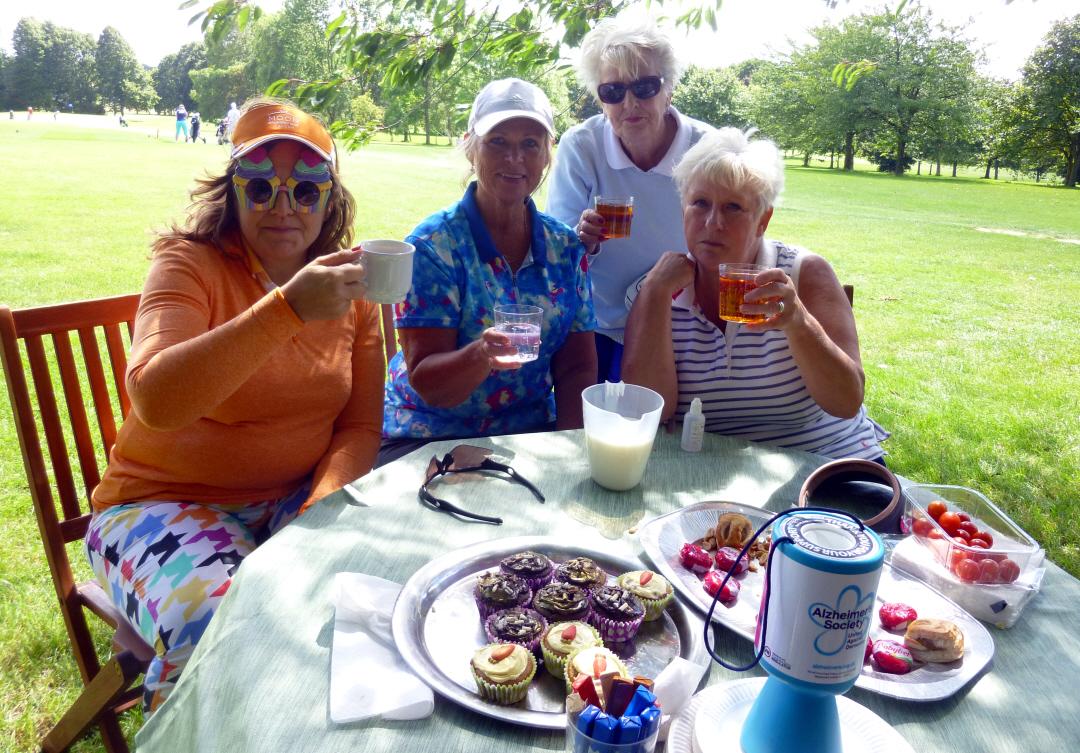26 Suzanne, Gunilla, Pat & Pam