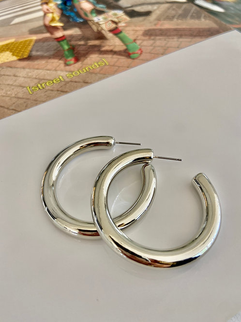 Small Staple Chunky Hoops - Silver
