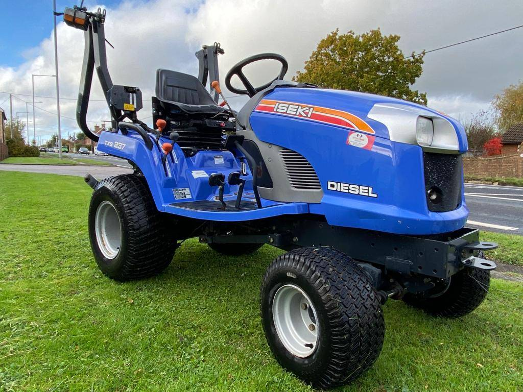 Iseki TXG237 Compact Tractor 4 Wheel drive on Turf Tyres
