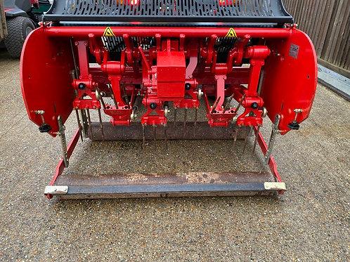 Redexim Verti-Drain 7212 Deep Tine compact tractor aerator