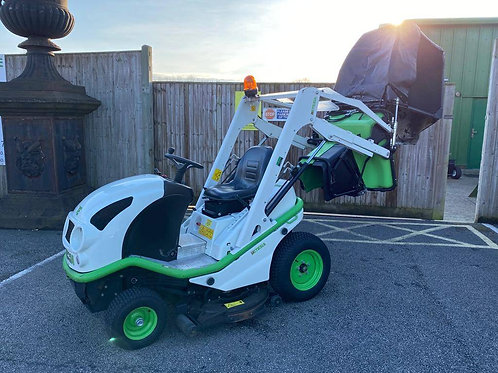 Etesia Buffalo 100 BVHP Ride-On mower c/w high lift collector
