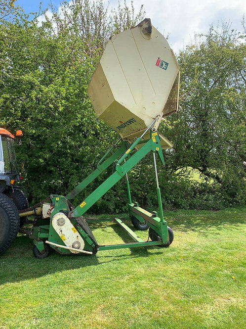 Amazone GHS180 Compact Tractor mounted Flail Collector