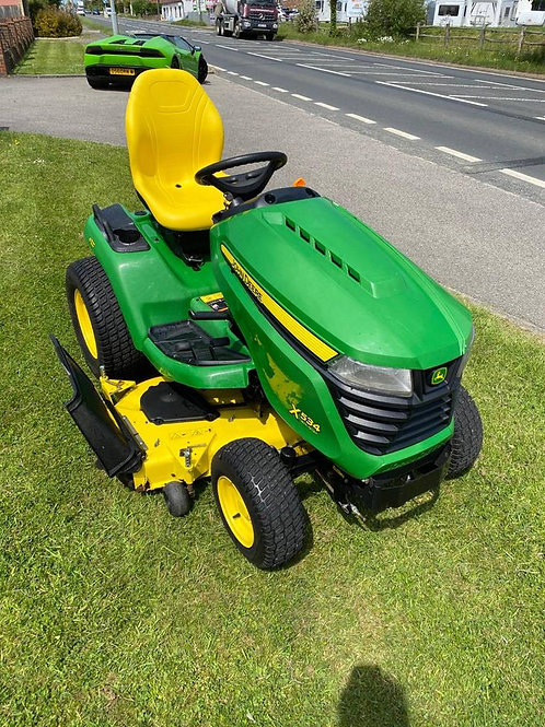 John Deere X534 4 wheel steer lawn tractor