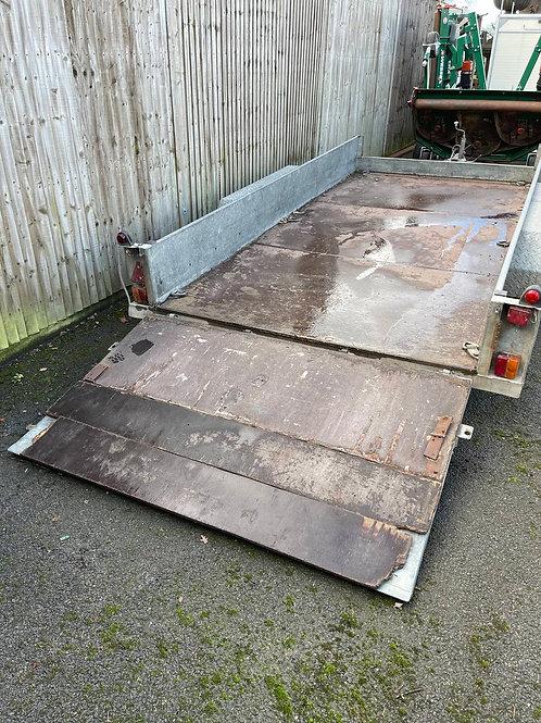 Hazelwood 2600GPS twin axle trailer