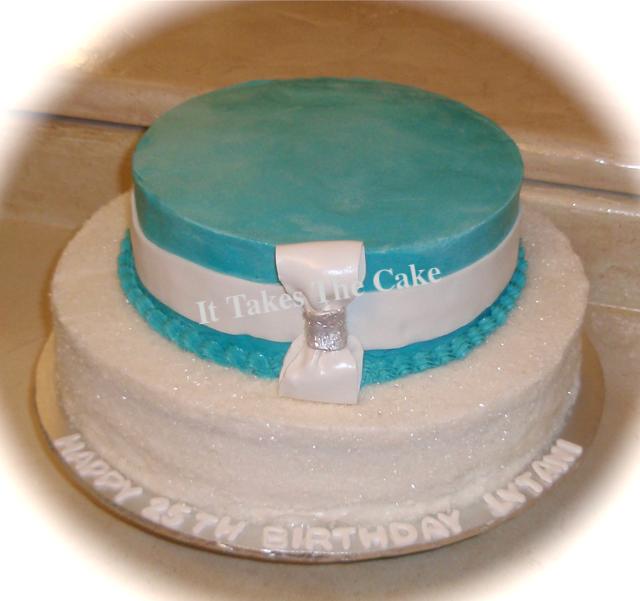 Sugar Crystals Aqua Bow cake.png