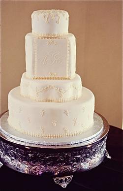 Wedding Cake Ivory Monogram.png