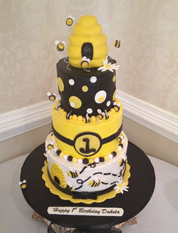 1st birthday bumble bee cake.png