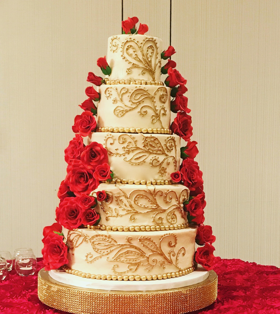 #indianweddingcake #paisley