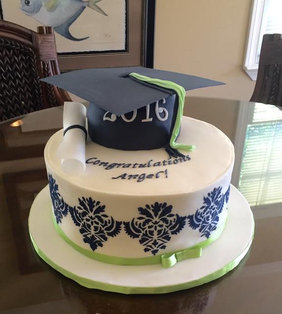 Graduation Damask Cake