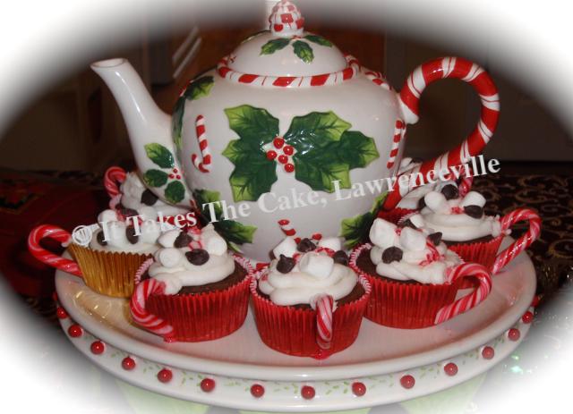 Teapot Christmas Cupcakes