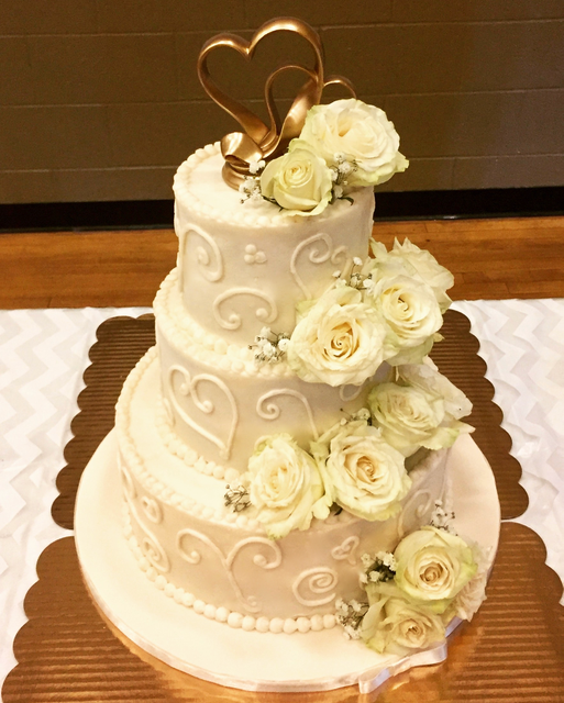 #buttercreamicedweddingcake Wedding