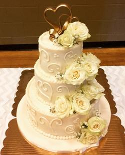#buttercreamicedweddingcake Wedding