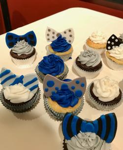 #bowtiecupcakes #babyshowercupcakes