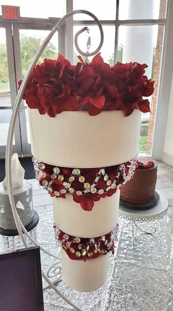 #upsidedowncake #weddingcake