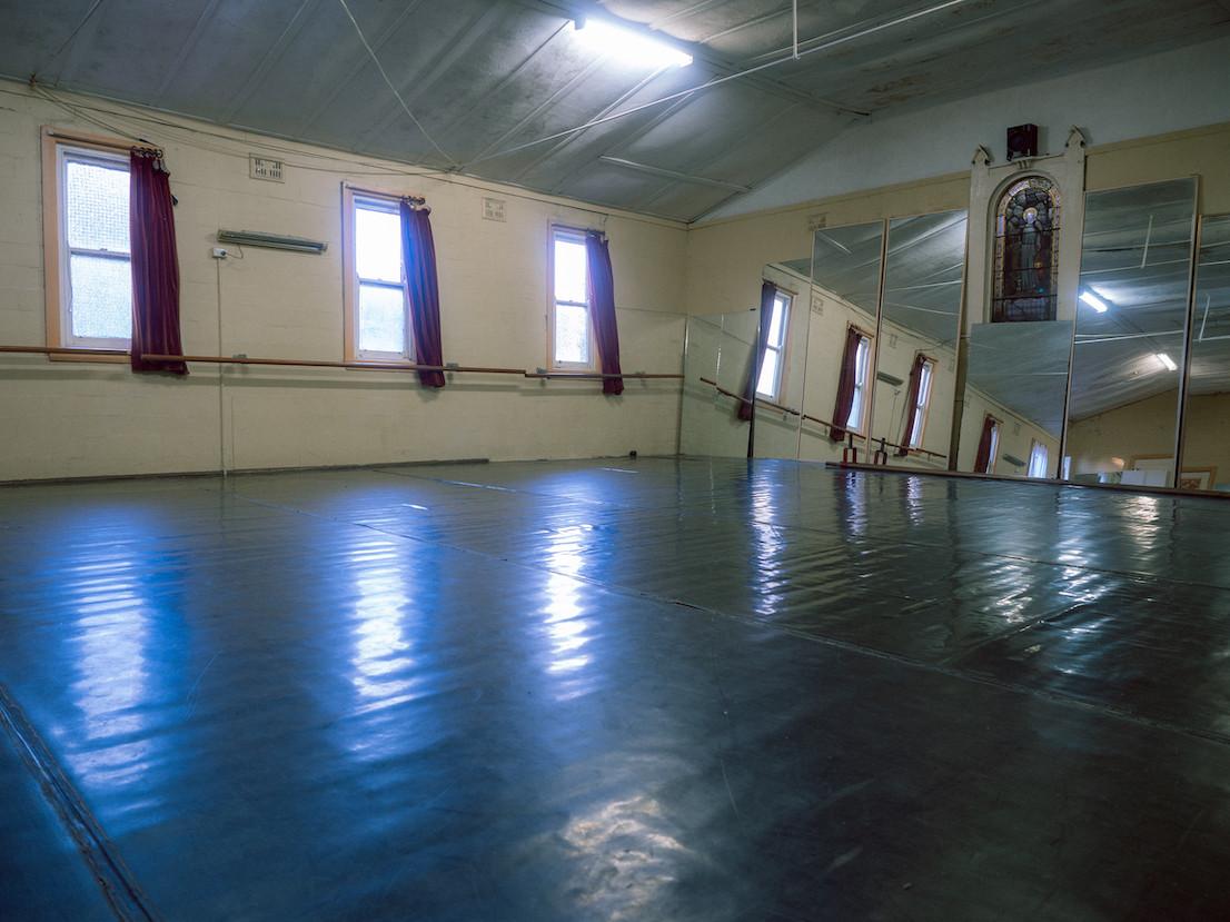 Newtown Adult Ballet studio