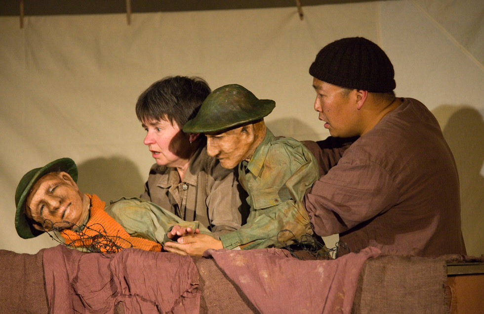 A November Day by Thingumajig Theatre, Photo by Gary Morrison