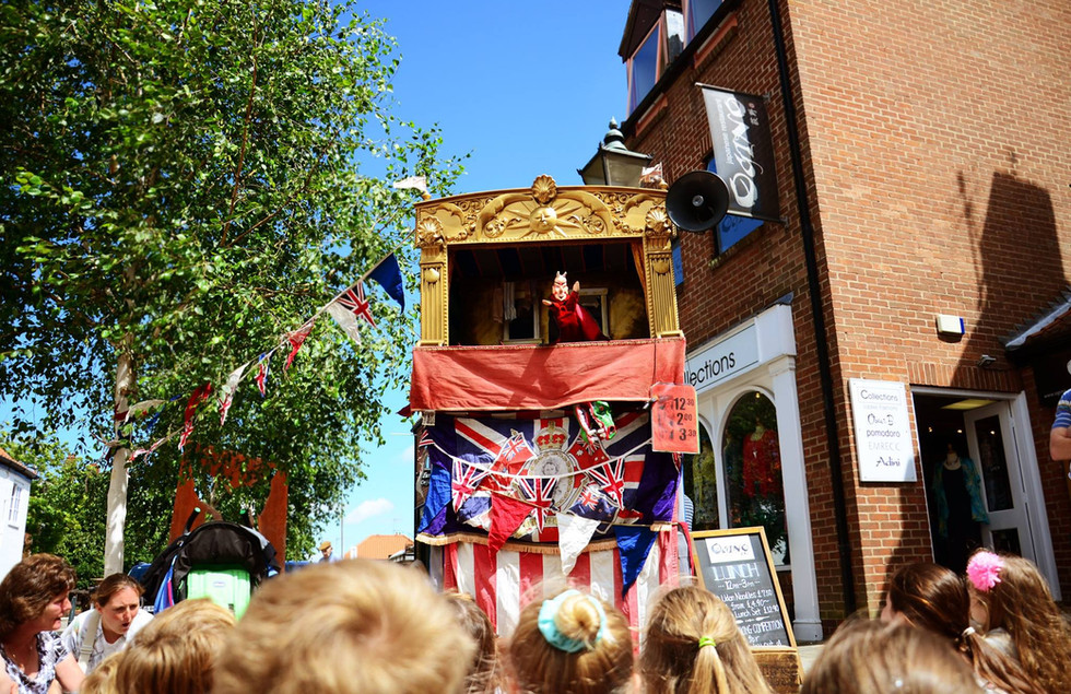 Punch & Judy, Photo by Holly Waites