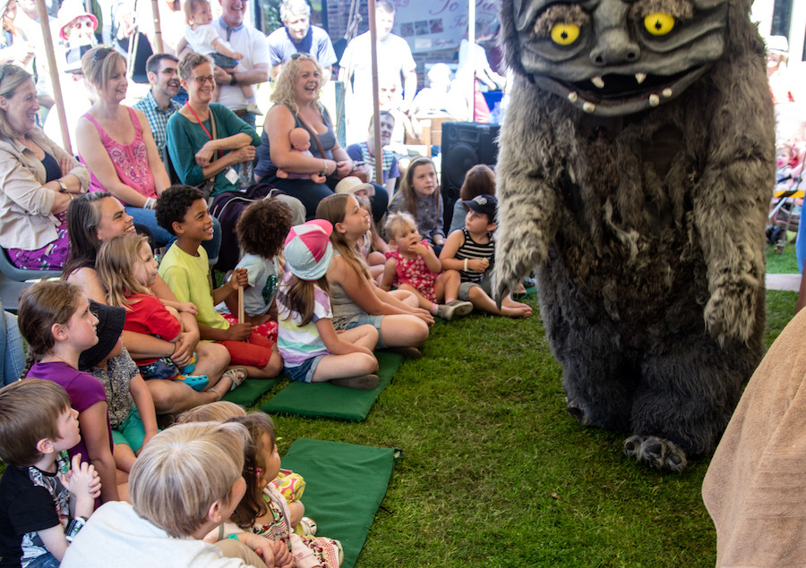 Cryptid Petting Zoo by Headstrung Puppets, Photo by Nigel Walker