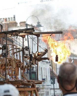 PuppetFestival2014 Ottfriedt credit Les Gibbon.jpg