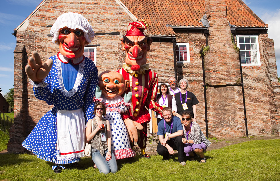Giant Punch and Judy by Walking Tall with members of BAT, Photo by Mark Eve