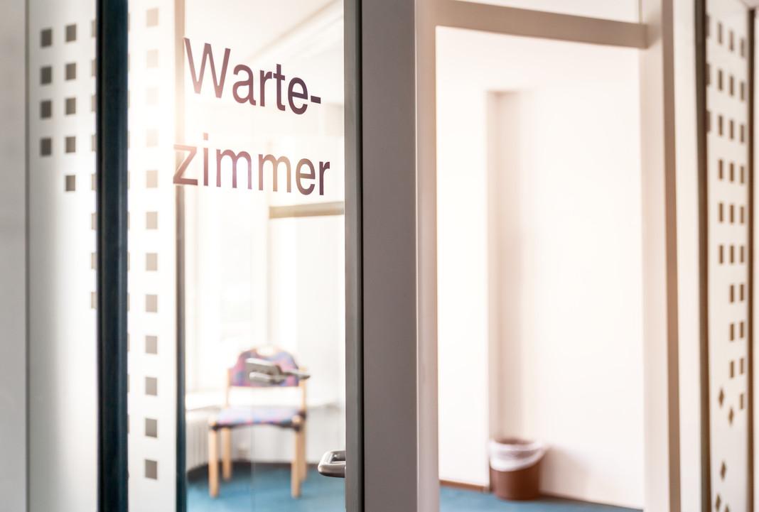 Wartezimmer Eingang