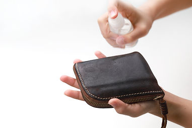 Biotion forte - Sprühinfektionen von Gegenständen des täglichen Bedarfs, z.B. Geldbörsen