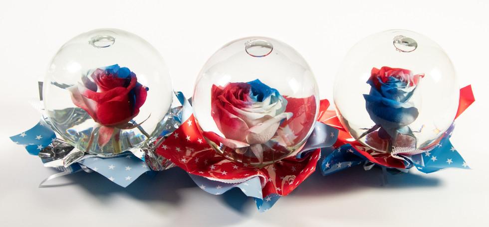RED-WHITE-BLUE FLOWER GLOBE MIX MIX