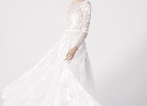 Suzanne Harward - White Look 10