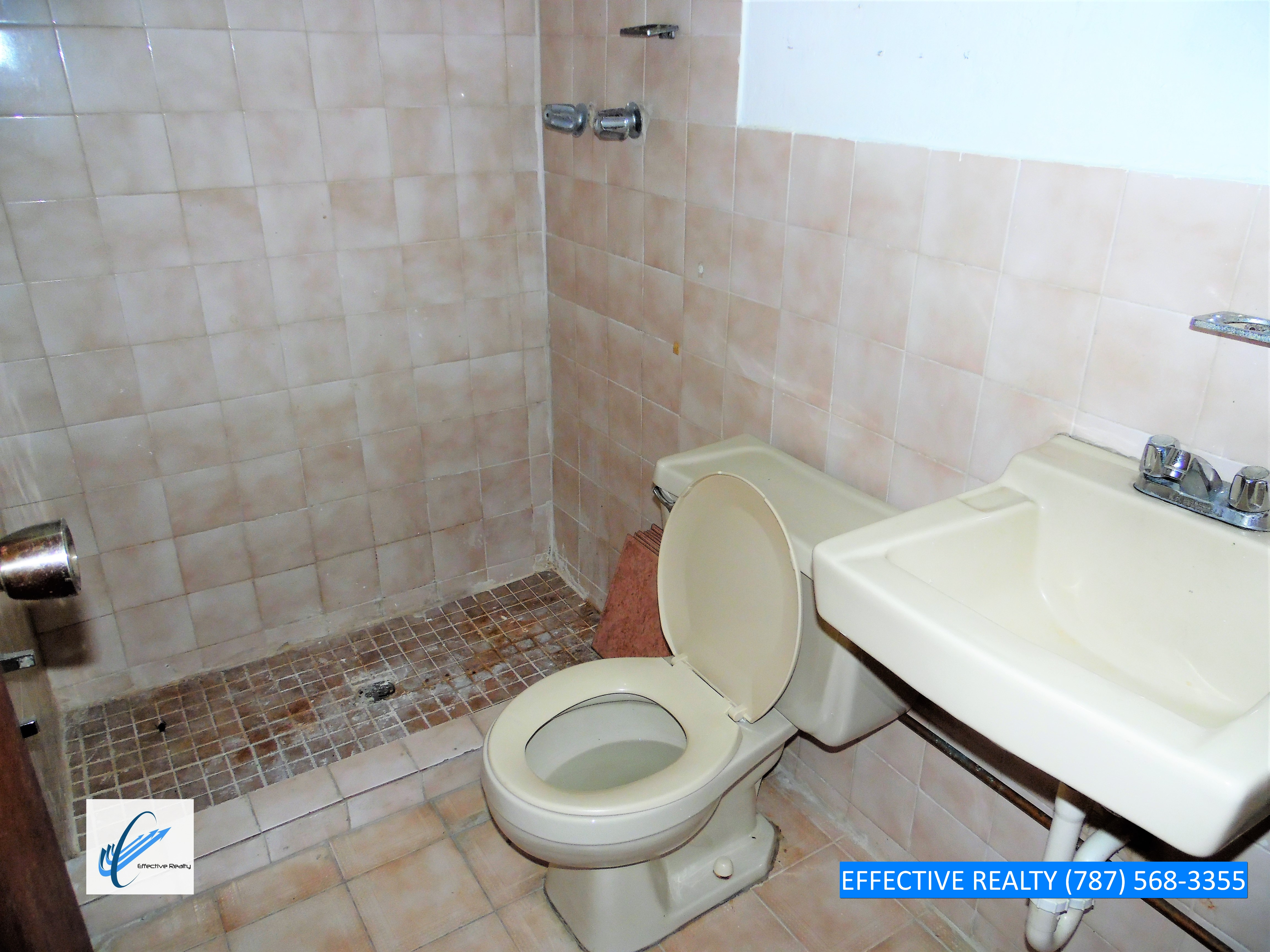 Baño 2 Local 2