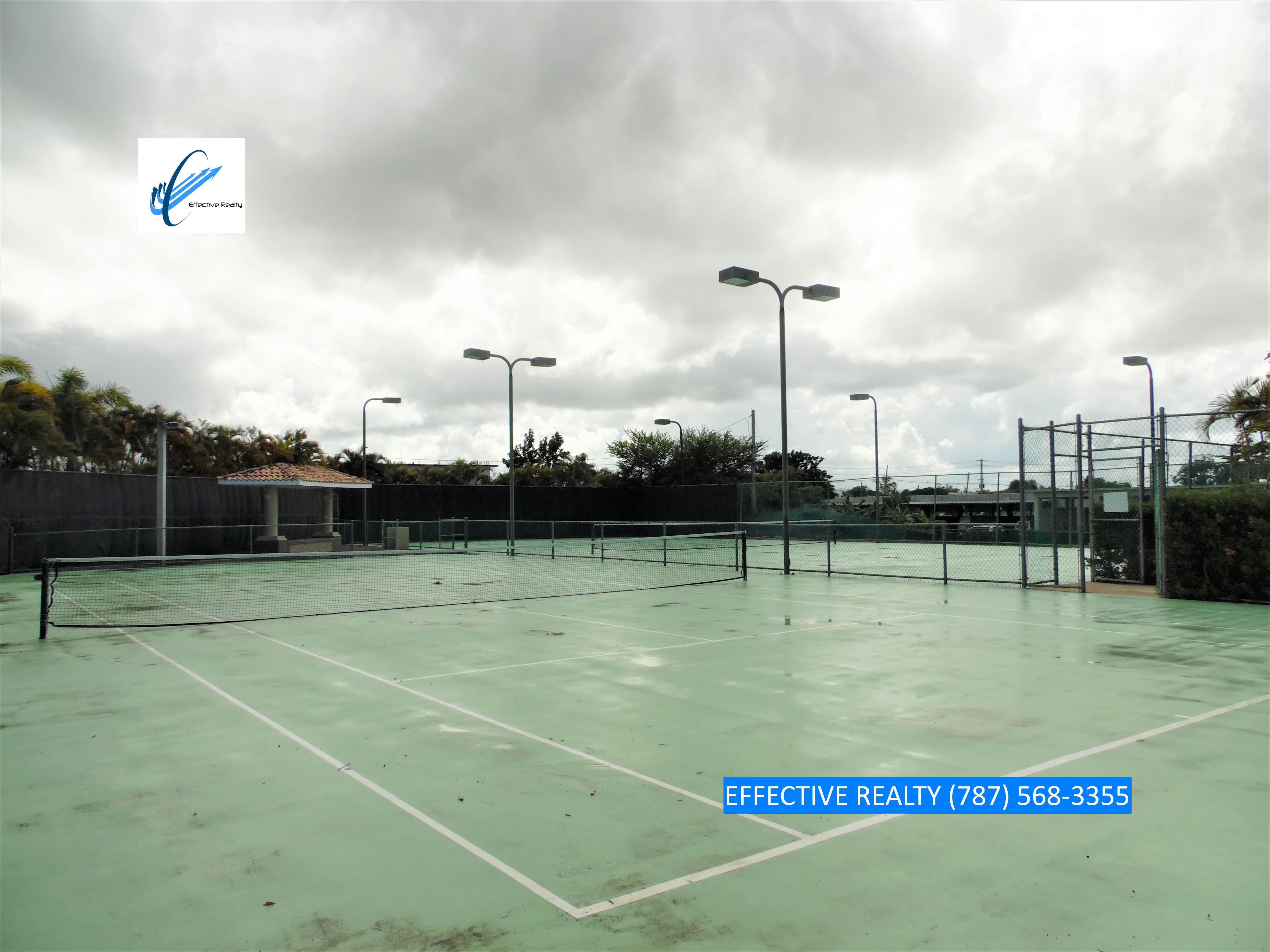 Canchas de tenis de Aquatika