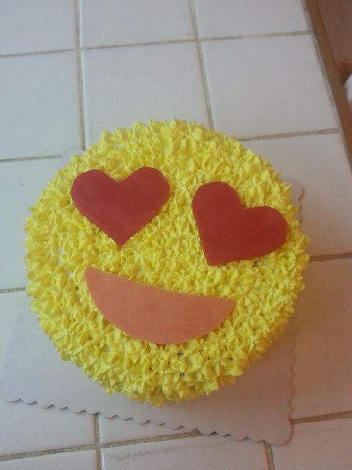 Emoji 鮮果忌廉蛋糕