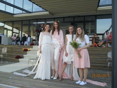 Módna prehliadka svadobných modelov