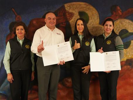 Firman Importante Convenio Preparatoria y Universidad Xochicalco con Colegio Méxicoamericano.