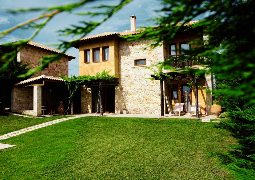 Three Bedroom Villa Garden